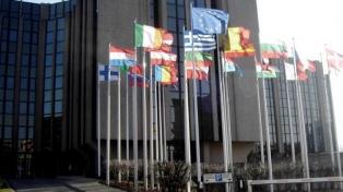 La UE desarrolla el uso de inteligencia artificial para admitir el ingreso de extranjeros