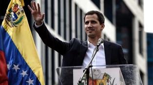 """Auditan a Guaidó por recibir """"presuntamente"""" dinero del exterior no declarado"""