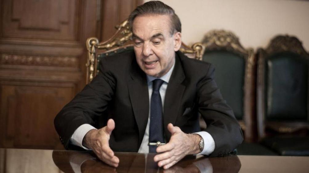 Pichetto resaltó la privatización de los medios de comunicación durante el período de Menem