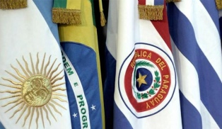Argentina reafirmará ante el Mercosur su postura de negociar en bloque con otros mercados