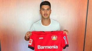 Exequiel Palacios fue anunciado como nuevo jugador de Bayer Leverkusen