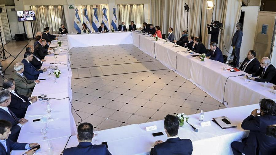 Deuda: Argentina propone a los bonistas tres años de gracia y una quita de intereses del 62%