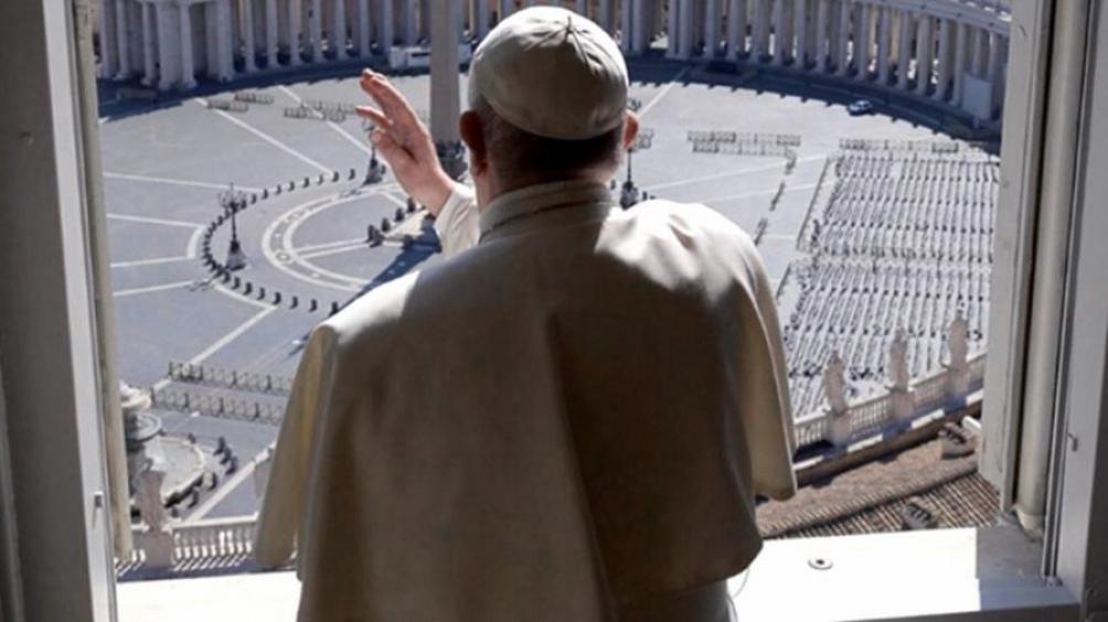"""El mes pasado, el Papa había criticado a """"los que acaparan vacunas"""" en medio de la pandemia."""