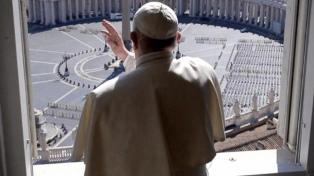 """Francisco pidió unidad en la Iglesia y que no haya critícas """"por la espalda"""""""