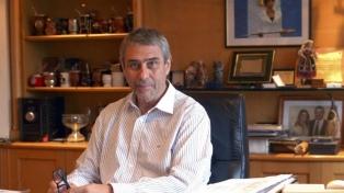 Ferraresi firmó con Alicia Kirchner la adhesión de Santa Cruz al programa Casa Propia