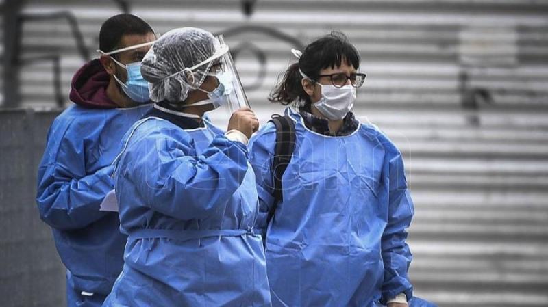 Comenzó el operativo Detectar que busca casos de coronavirus en el barrio porteño de Balvanera - Télam - Agencia Nacional de Noticias
