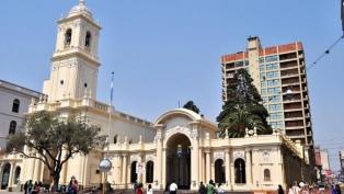 Jujuy: volverán a celebrarse misas y locales comerciales podrán ampliar horarios