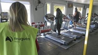 Neuquén: restringen circulación de vehículos y cierran clubes y gimnasios por cuatro días