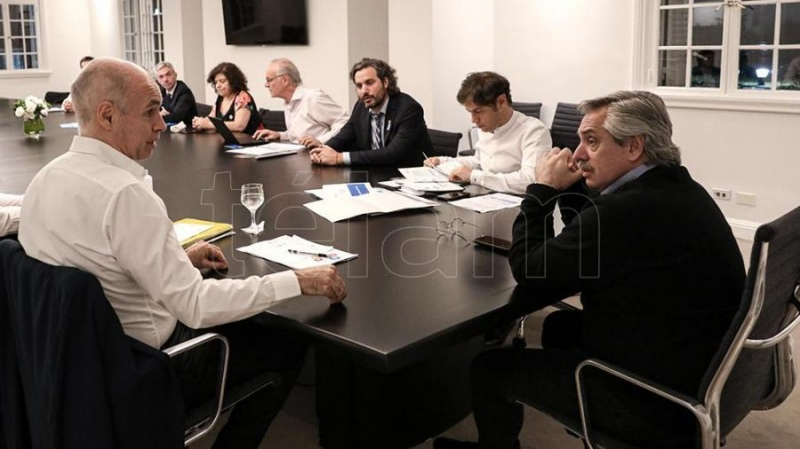 El Presidente analizó con Kicillof y Rodríguez Larreta la situación en el AMBA - Télam - Agencia Nacional de Noticias