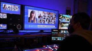 Legisladoras y funcionarias de medios públicos coinciden en fortalecer la paridad en medios privados