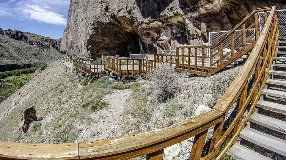 El Parque provincial se encuentra a unos 400 kilómetros al norte de El Calafate.