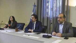 Trotta, en una conferencia virtual desde el Palacio Sarmiento.