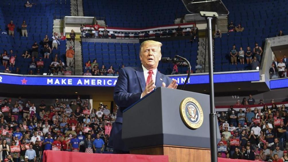 Trump busca armar una nueva estrategia política para enfrentar a Biden, hacer frente a la pandemia y reactivar la economía.