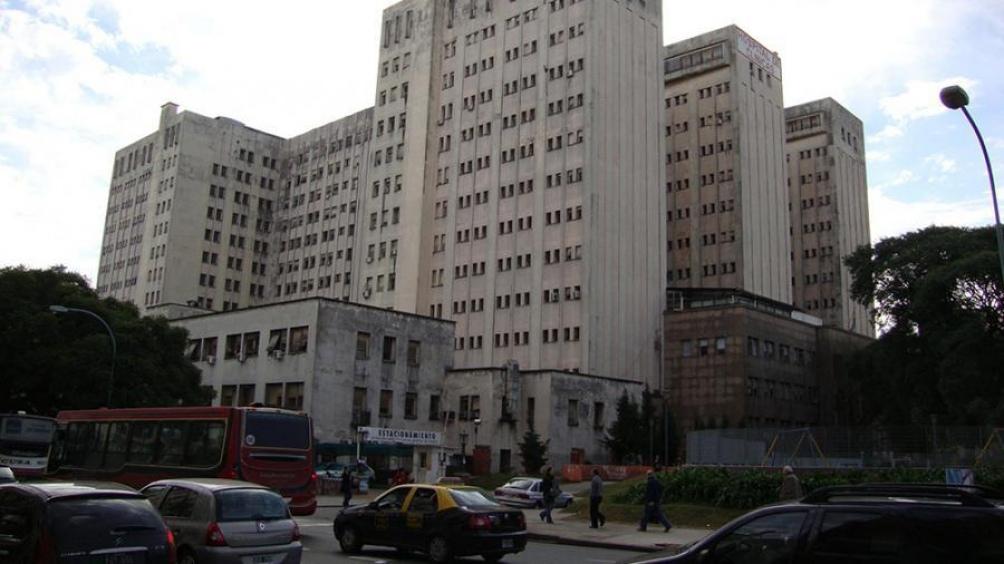 El edificio del Clínicas, en plena ciudad de Buenos Aires.