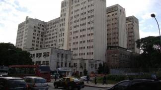 El Hospital de Clínicas, en la avenida Córdoba al 2300 (CABA).