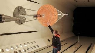 Expectativa de ingenieras y estudiantes por el lanzamiento del satélite Saocom 2