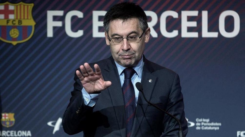 El presidente de Barcelona podría renunciar el lunes a su cargo