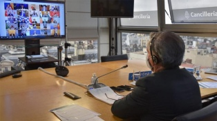 Solá convocó a invertir en el país y a promover el multilateralismo ante la pandemia
