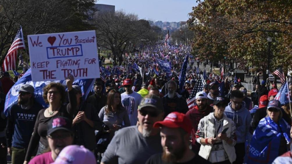 Partidarios de Trump se reúnen en Washington