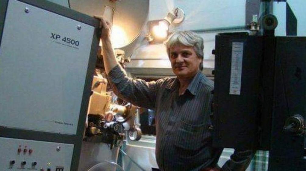 Di Natale en la cabina del Gaumont
