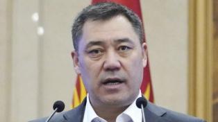 El populista Japarov ganó ampliamente las elecciones presidenciales en Kirguistán
