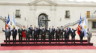 Los presidentes Fernández y Piñera firmaron acuerdos para reforzar la relación bilateral