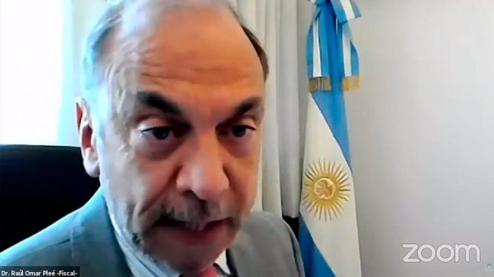 Piden investigar presuntas reuniones del fiscal Pleé con el expresidente Macri en Olivos