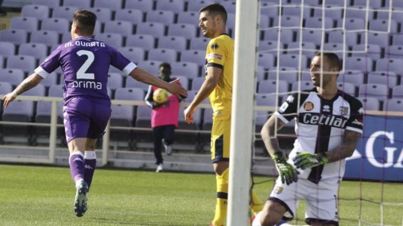 Martínez Quarta marcó su primer gol en Fiorentina para el empate ante Parma