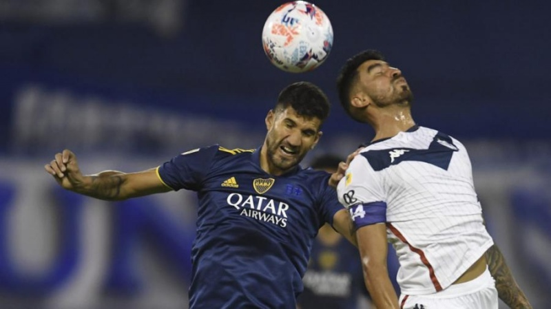 Boca goleó a Vélez, cuando más le hacía falta y con la vuelta de Tevez