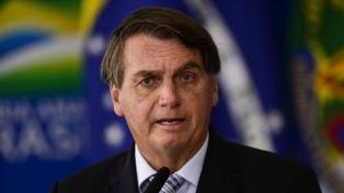 "Bolsonaro: ""Mi Ejército no va a salir a la calle a cumplir decretos de cuarentena"""