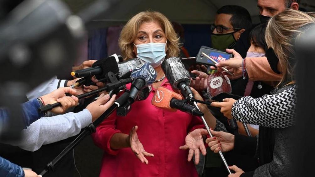 Santa Fe recibió 50.400 dosis de Sputnik y continúa la vacunación a docentes con Sinopharm - Télam - Agencia Nacional de Noticias