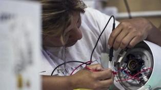Empresas reducen desigualdades de género con inserción laboral, asistencia e inclusión