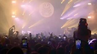 Fatboy Slim selló el regreso de miles de personas a una discoteca en Liverpool