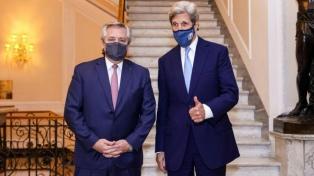 El Presidente se reunió con el exsecretario de Estado norteamericano John Kerry