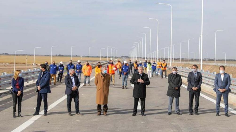 El Presidente encabezó el acto de inauguración de dos tramos de la Autopista RN 19 San Francisco-Córdoba.