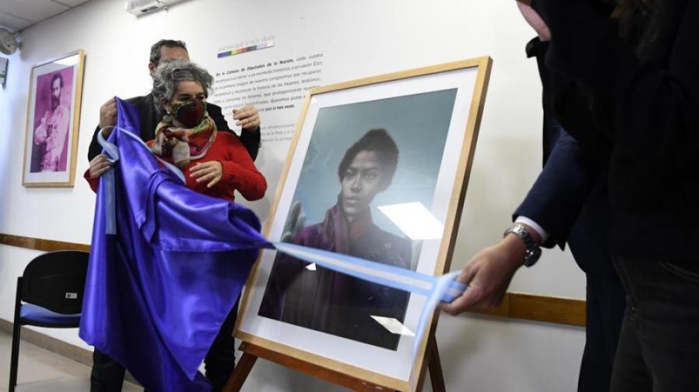 El ministro de Cultura recordó que su cartera lanzó un concurso de retrato de María Remedios, de poesía, de historia y de cine documental.