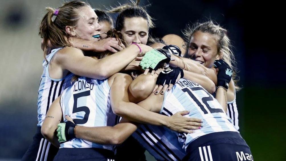 Las Leonas, seleccionado argentino femenino de hockey sobre césped, se impusieron este lunes 3 a 0 ante España