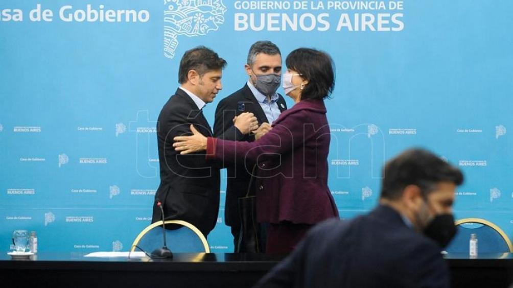 """Kicillof: """"van a hacer un solo pago, con un solo VEP y van a pagar un monto fijo por ambos impuestos"""". Foto: Eva Cabrera."""