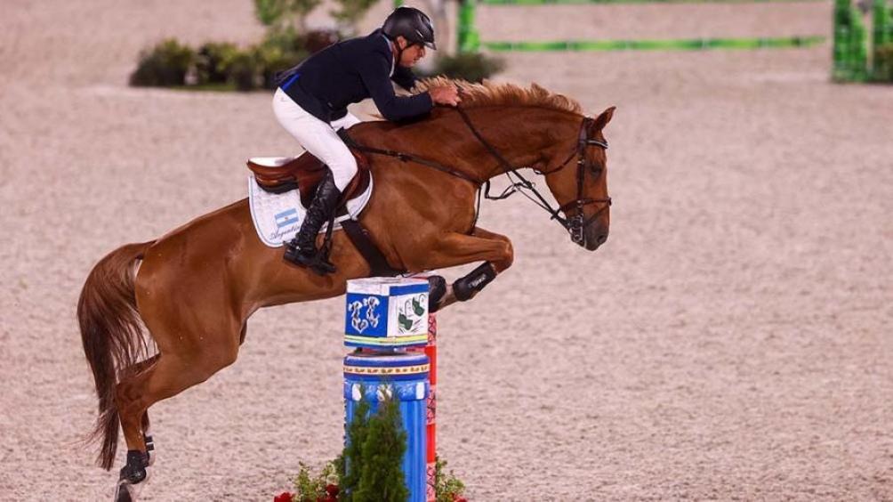 Argentina fue décima y avanzó a las finales de saltos por equipos en equitación