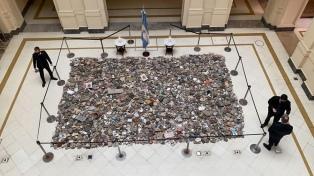"""""""Marcha de las piedras"""": el Gobierno puso en marcha la construcción de un espacio de memoria"""