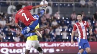 Paraguay sigue sin ganar de local y Colombia no pudo de visitante