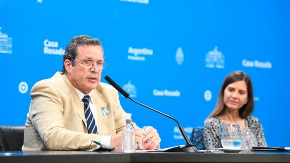 Tristán Bauer y Fernanda Raverta. Foto: Presidencia.